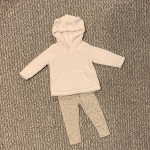 Carter's Baby Girl Outfit - Sweatshirt & Legging